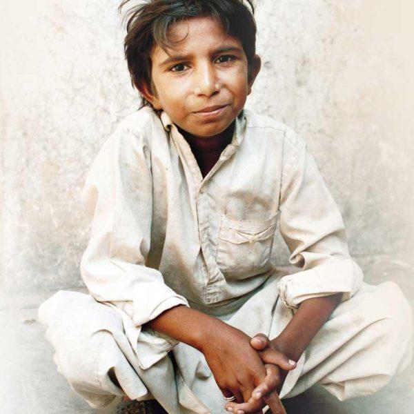 Küçük Bedenine Sığmayan Koca Bir Yürek: Katledilen Çocuk İşçi Iqbal Masih