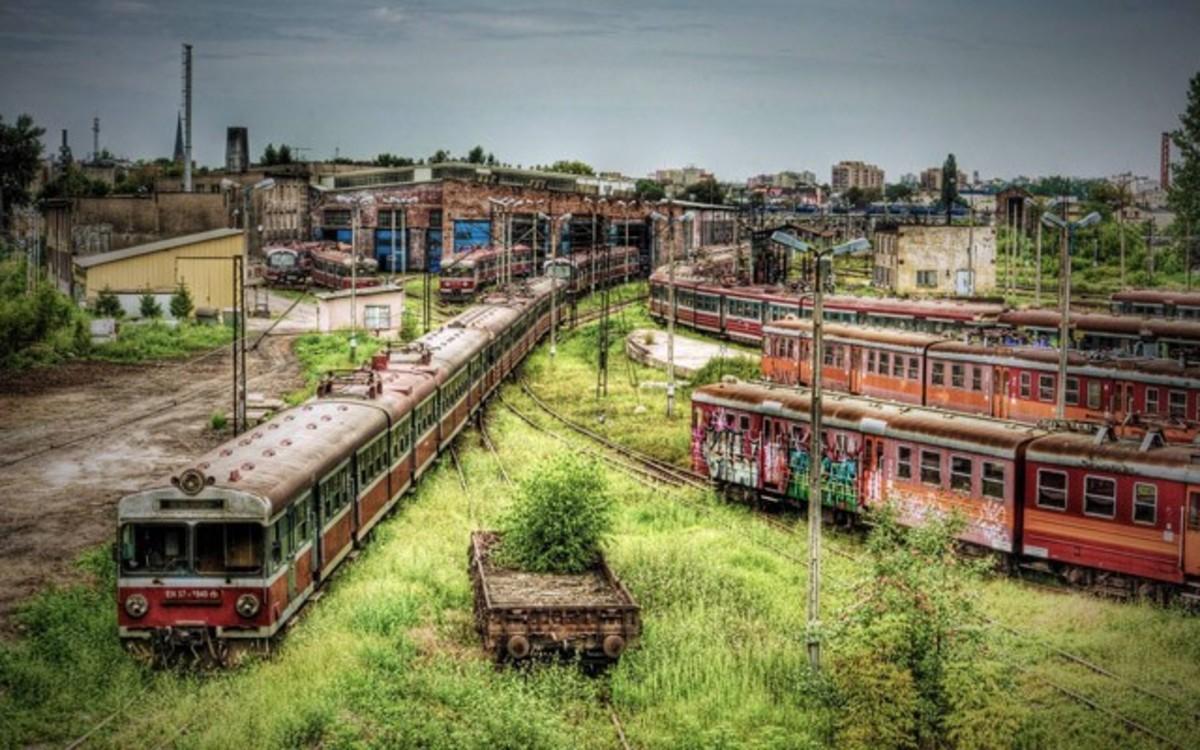 Częstochowa Tren Deposu, Polonya